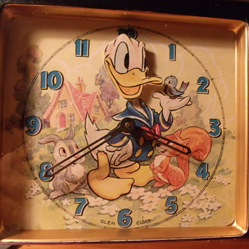 Donald Duck Animated Clock - Clocks
