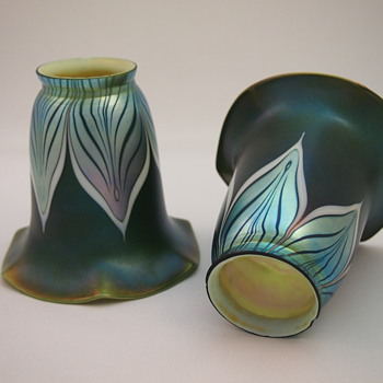 Durand pulled feather shades - Art Glass