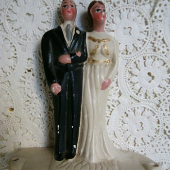 Vintage wedding cake topper. - Figurines