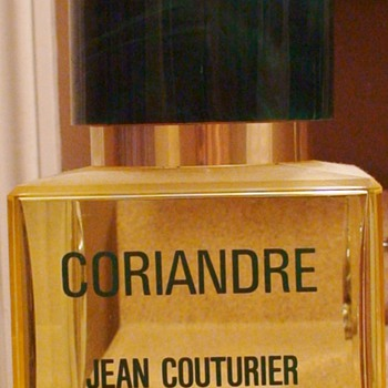 Coriandre Perfume Store Display Large - Bottles