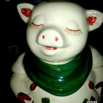THIS POOR OLE DOLL WITH FRIEND SMILEY PIG - Dolls