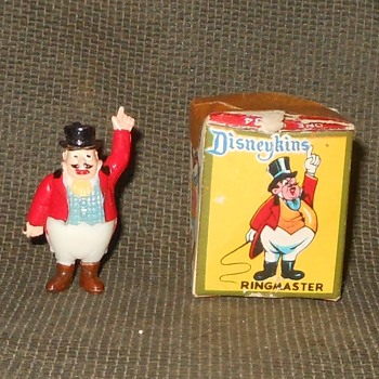 Disneykin With Box The Ringmaster From Dumbo 1961 - Advertising