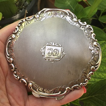 Silver Compact - Accessories