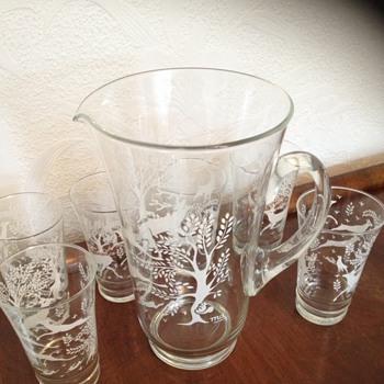 Pitcher and Glasses - Glassware