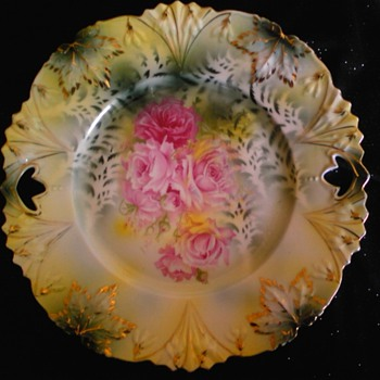 cake plate - China and Dinnerware