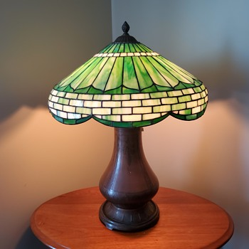 American arts & crafts leaded lamp - Arts and Crafts