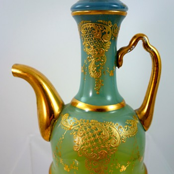 Loetz (attrib) creamer, ca. 1890, Dek, Prod. Nr. unknown - Art Glass
