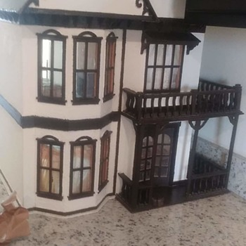Dollhouse i bought on marketplace - Dolls