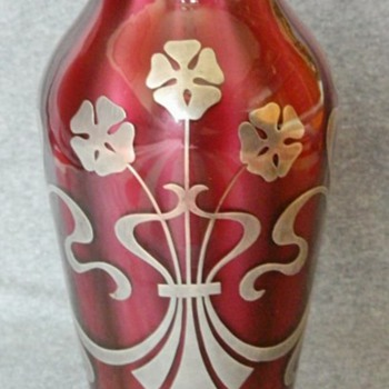 Extremely Rare Loetz Pink Metallin Vase with Silver Overlay. PN II-4365 c.1908 - Art Glass