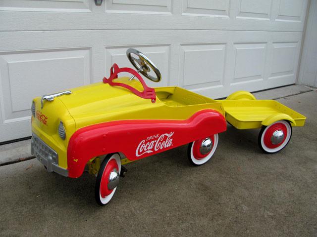 coca cola pedal car collectors weekly. Black Bedroom Furniture Sets. Home Design Ideas