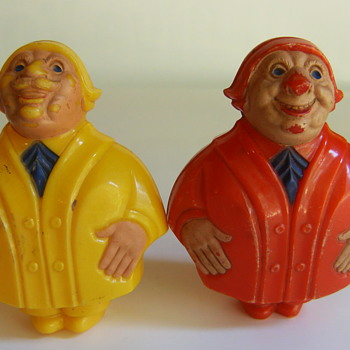 Stumped! Bakelite Noismaker or Rattles? - Toys