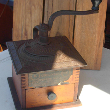 Wrightsville Hardware Company Coffee Mill No. 1707
