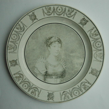 french victorian pottery dish by CREIL manufacturer.  - Victorian Era