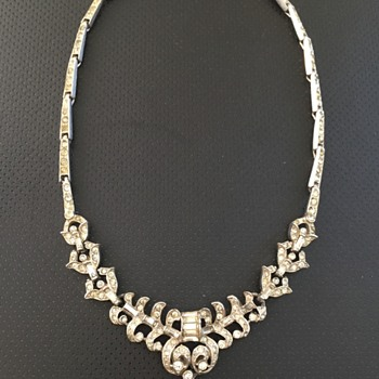 Art Deco Rhinestone Necklace - Costume Jewelry
