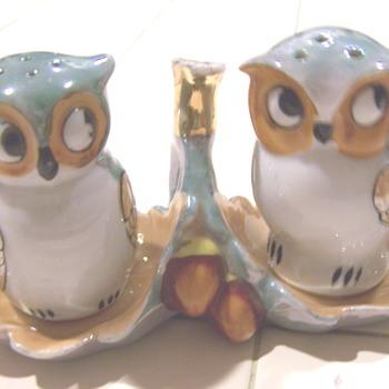 Luster owl salt and pepper