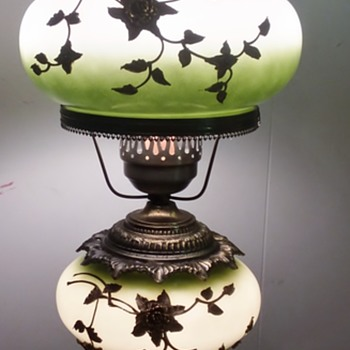 Pretty Antique (?) Porcelain Lamp - Lamps