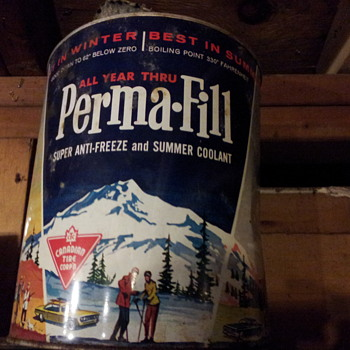Vintage Perma-fill Anti-freeze Gallon Tin.  Canadian Tire Corp. - Petroliana