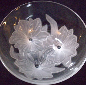 Crystal bowl, unsigned! - Art Glass