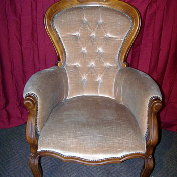 Would this be considered a Victorian chair and any idea of its age? - Furniture