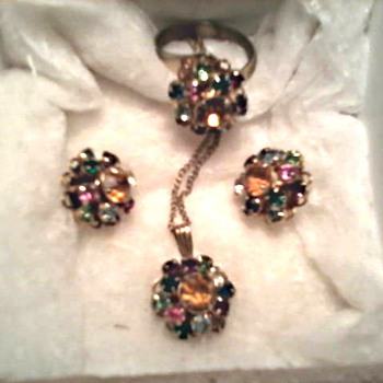 "Judy Lee ""Rainbow"" Rhinestone Cocktail Set / Ring. Pendant, and Ear Rings/ Circa 1950's - Costume Jewelry"
