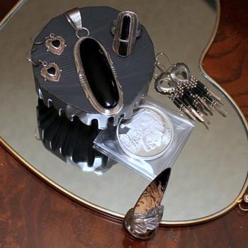 Native American Black Onyx Jewelry - Fine Jewelry