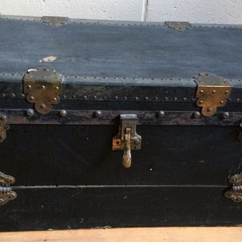 Antique Model 'A' Car Picnic Trunk - Furniture