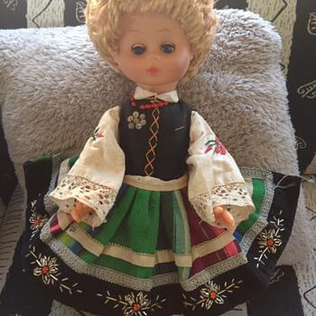 GERMAN? CZECH? 1950s I think - Dolls