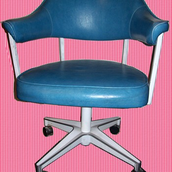Vintage 1979 chairs - Furniture