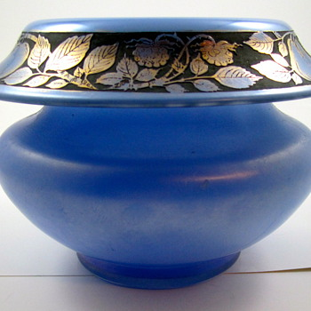 Loetz Himmelblau Iridescent Glass Bowl with Oroplastic Fruit Decoration, ca. 1920s - Art Glass