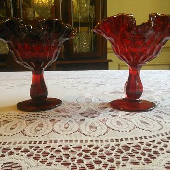 Fenton Ruffle Compote Thumbprint Pattern Amberina  - Art Glass