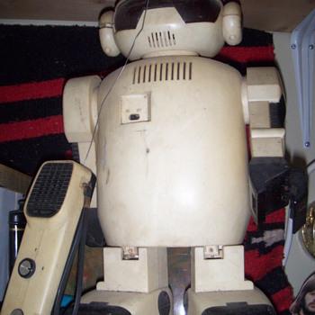 robbie the robot - Toys