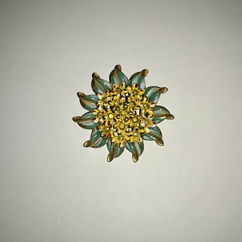 Unknown Vintage Brooch? - Costume Jewelry