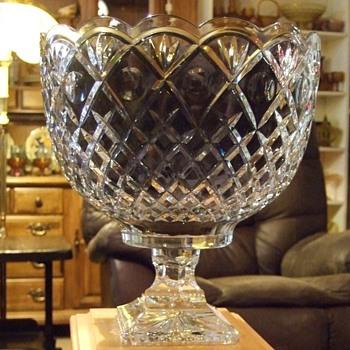 my beautiful centerpiece or pumchbowl - Glassware