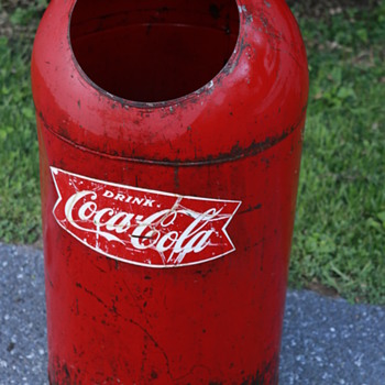 Coca-cola vintage garbage can - Coca-Cola