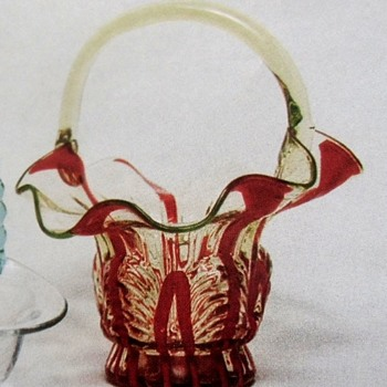 Kralik Interwar Decorative Glass: An unexplored category - Their Baskets Part I - Art Glass