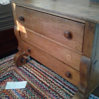 Old pine bureau  - Furniture