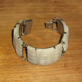 1940's bracelet: white onyx & sterling made in Mexico