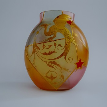 Harrach  India - Royal Flemish type vase  - Art Glass