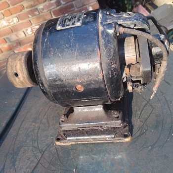 antique WESTINGHOUSE direct current electric generator - Electronics
