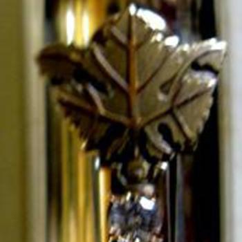 Cross Fountain Pen w/Leaf logo & 3 Diamonds