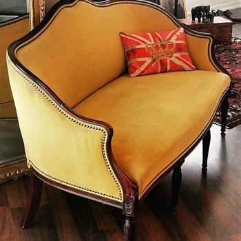 Hepplewhite Sofa 1780  - Furniture