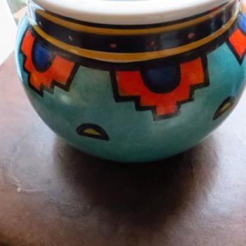 Clarice Cliff Style Art Deco Vase - Pottery