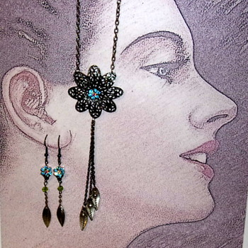 Old flower pieces to new jewelry - Costume Jewelry