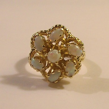 14k Dinner Ring with 7 Gorgeous Opals - Fine Jewelry