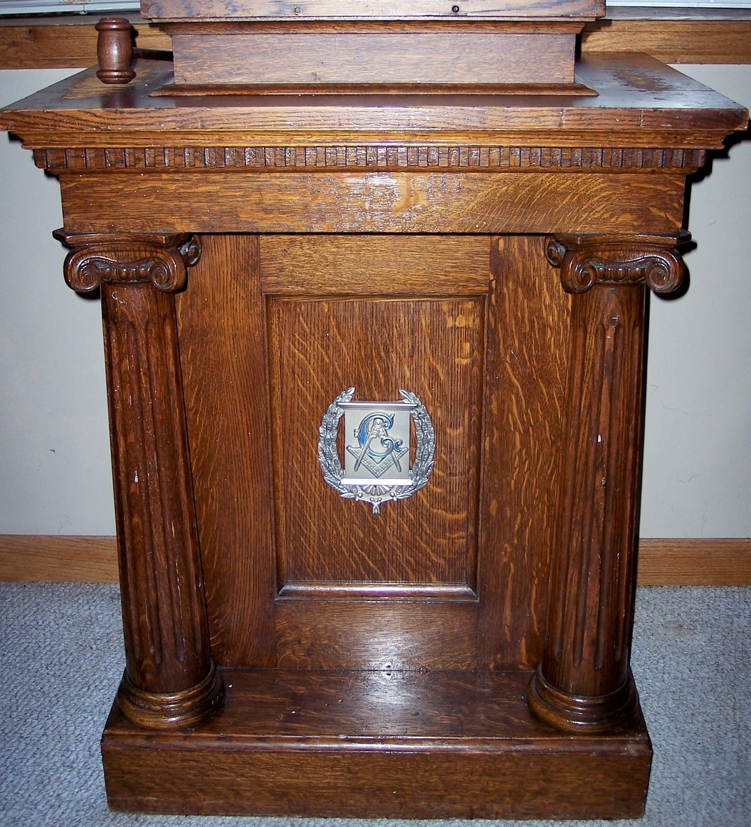 Furnuture: Masonic Lodge Furniture