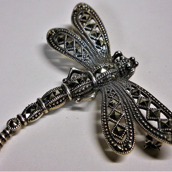Vintage Sterling Silver Dragonfly Brooch - Animals