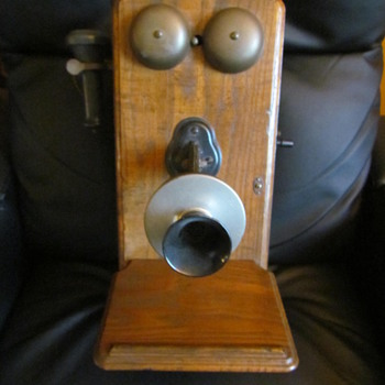 Antique Wall Mounted Crank Telephone - Telephones