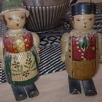 walking wooden dolls - Dolls