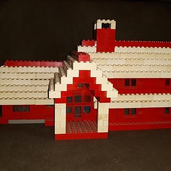 Vintage Old School Legos House Circa 1960s - Toys