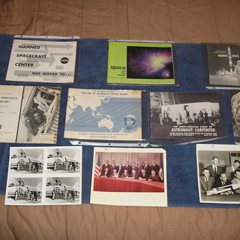 BEGINNING OF SPACE PROGRAM COLLECTION - Books